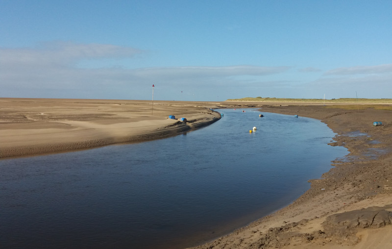 Photo of River Alt at Hightown with tide low.